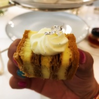 afternoon tea: millefeuille